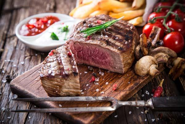 Стейки «Филе-миньон» і «Шатобріан» • Filet-mignon steak, Chateaubriand steak